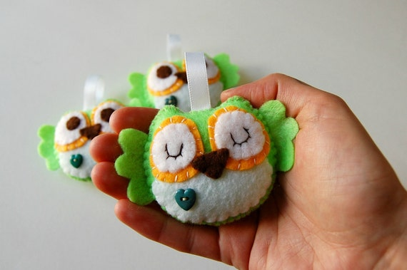 4 Mini Plush Owl Eco Friendly Toy/ Ornament/ Keychain - custom order
