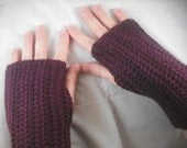 Fingerless Gloves in Grape