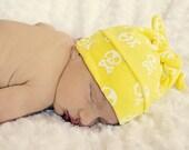 RockerByeBeanies Newborn Baby knit skull cap hat beanie Yellow with White Skull and crossbones
