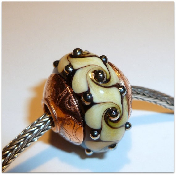 Luccicare Lampwork Bead - Lined and Capped - FOCAL Fantasy - Troll / Pandora Style
