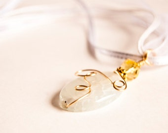 Sunshine. Ocean Foam Pastel White Aqua Pendant Necklace. Under 20. Crackled Agate Gemstone. Oval Pendant. Gold Wire Wrapped. Free shipping