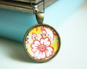BRIGHT  pattern pendant necklace, bronze tone simple everyday jewelry