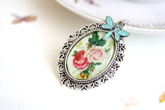 Vintage Garden Cameo Necklace - shabby chic jewelry - gift for her under 20usd