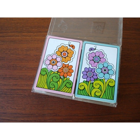 Hoyle Plastic Coated Playing Cards - Set of 2 - 1970 Funky Flowers
