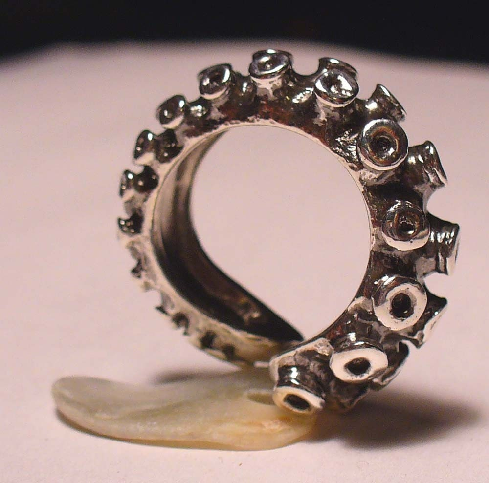 Octopus Tentacle Ring Size 7 9