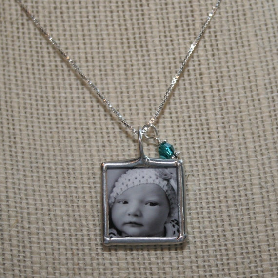 Mommy birthstone photo necklace