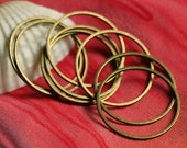 Antique brass circular link O ring connector 24mm outer diameter, 18 pcs (item ID YWABFA00102)