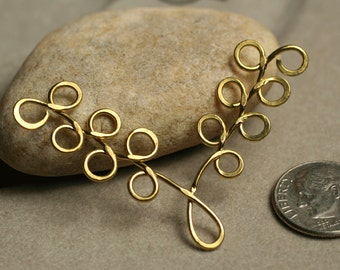 Handmade hammered solid brass leaf dangle/connector charm,  one piece (item ID LBL55x35)