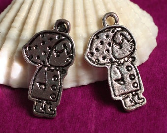 Closeout Antique silver girl charm 20x10mm, 16 pcs (item ID YDAS2653D)