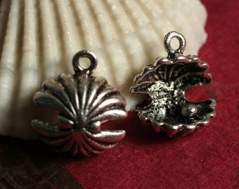 Closeout Clam with pearl antique Tibetan silver tone charm 13x12mm, 6 pcs (item ID YDAS6903D)
