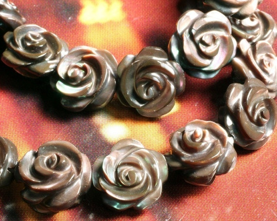 MOP carved (both side) rose 8mm, 8 pcs (item ID L09MOPCR8B)