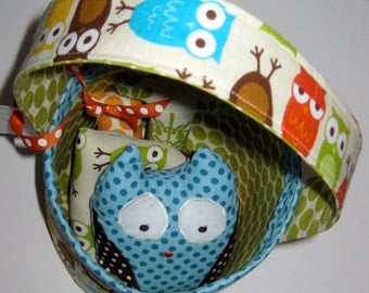Owl Bucket with Stuffed Personalized Stuffed Letters and an Owl in Blue