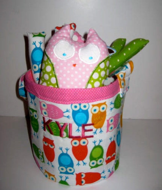 Owl Bucket with Stuffed Name and an Owl in Pink