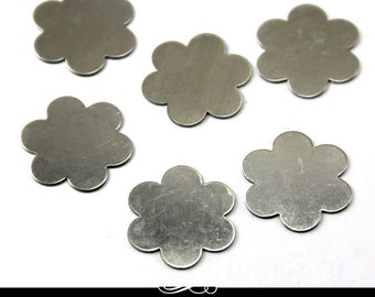 Flower Shaped Nickel Silver Metal Blank for Metal Stamping. Pack of 5. MET-640.15