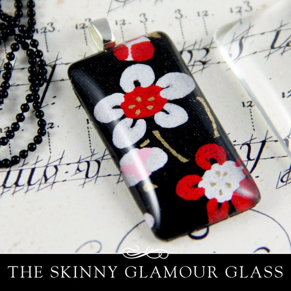 Clear Rectangle Glass Tiles. Clear Glass Tiles for Pendants and Magnets. The Skinny Glamour FX Glass is an Annie Howes Exclusive. 25 Pack.