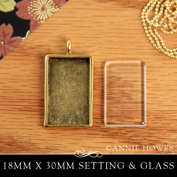Photo Pendant Tray with Glass in Gold or Copper with Glamour FX Glass. Annie Howes.