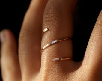 Rose Gold Hammered Spiral ring, 14k rose gold fill spiral ring, 14k rose gold filled wrap ring, pink gold spiral ring, gold spiral ring