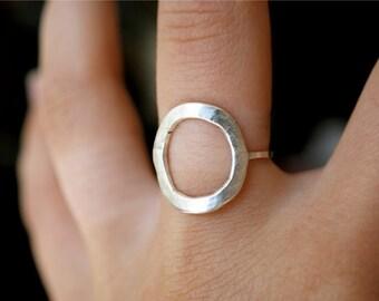 Sterling Silver Circle ring, Open Circle ring, Thick Circle ring, Sterling Silver Infinite Circle ring, Hammered Circle ring