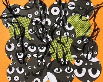 Watching You - Round Halloween Gift Tags