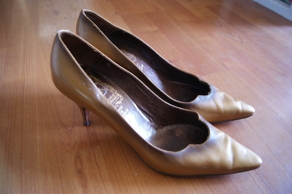 Vintage Belgium Made Bronze Copper Heels Unmarked Size 7 7.5 RESERVED
