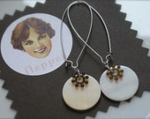 Snow Poppy Vintage Lucite and Shell Bead Earrings