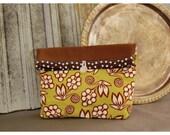 Handmade Ginger Blossom Large Pouch Clutch Flat Bottom Padded Kindle Make Up Travel Gadget Bag