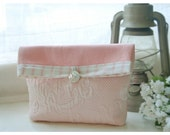 clutch Ballet Pink Matelasse bag purse Designer Stripe Handmade Pouch  Flat Bottom Padded Kindle Make Up Travel Gadget Bag elitett tagt team