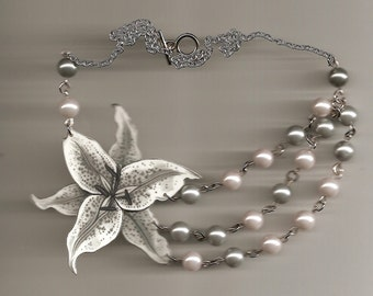 White Lily and Faux Pearl Necklace