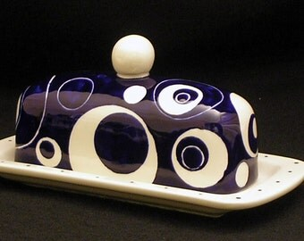 Butter Dish.Solid Blue and White Circle Knobbed Butter Dish. Blue. White. Circle. Butter. Handmade by Sara Hunter Designs.