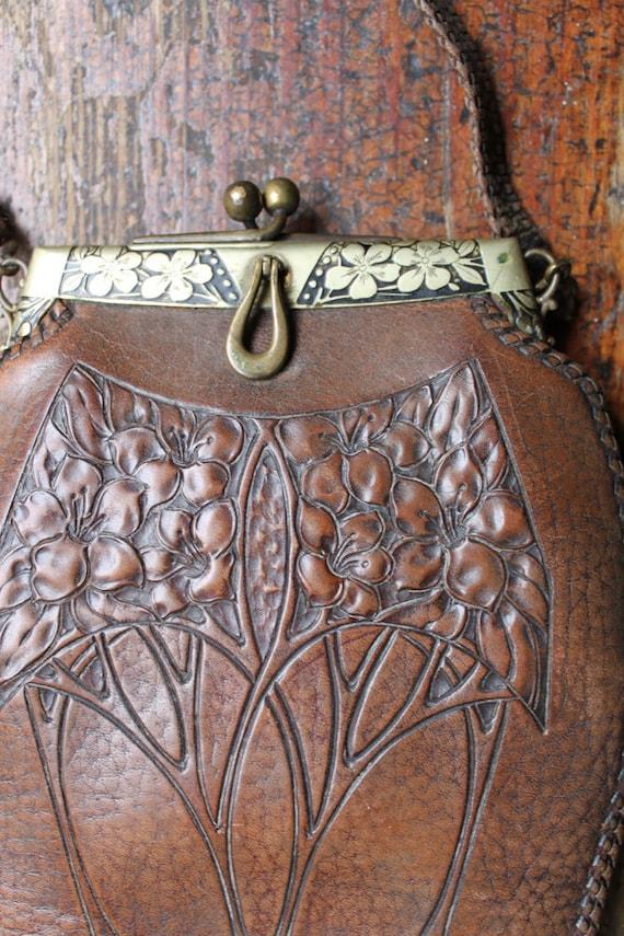 Stunning Antique art NOUVEAU purse clutch - turn of the century