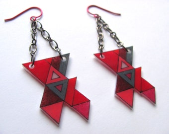 "geometric shrink plastic triangular dangle earrings ""totally triangular"" in red and pink"