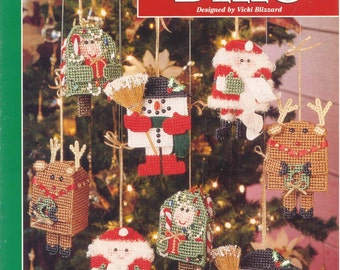 Christmas Bells  ~  plastic canvas leaflet