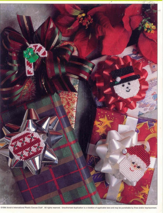 Christmas Gift Pins ~  plastic canvas pattern