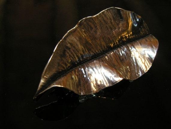 Leaf Shawl Pin
