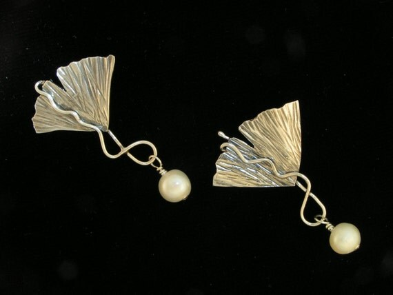 Everlasting Ginkgo Pearl Post Earrings, Sterling Silver, Handmade
