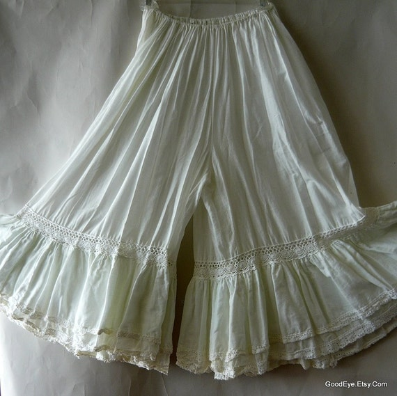 Vintage White Bloomers Skirt Frilly Victorian Pantaloons
