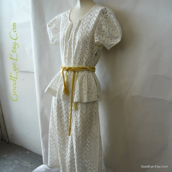1940s Peplum Day Dress White Cotton Eyelet  small size 2 4 6 Made By Hand