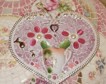 He Loves me he loves me not SHABBY CHIC COTTAGE  broken glass jewelry china hEaRt