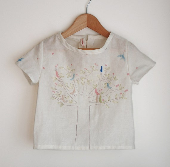 girls top / blouse / shirt birds in tree print sizes 2T, 3T, 4T or 5T.