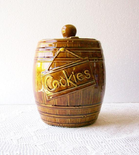 Retro McCoy Cookie Jar Vintage Pottery 'Oak Barrel' Mid Century Housewares