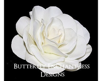 Mini Ivory Gwyneth Gardenia Bridal Hair Flower Clip