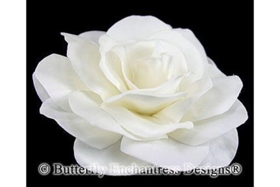 Cream-White Gwyneth Gardenia Bridal Hair Flower Clip