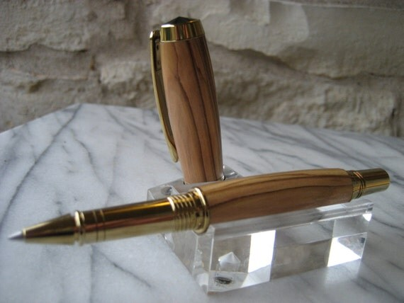Rollerball Pen and Box (Bethlehem Olivewood)