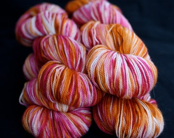Sock Yarn, Hand Dyed, Superwash Merino Wool, 'Sizzle', Hot Pink, Fuscia, Orange, for knitting