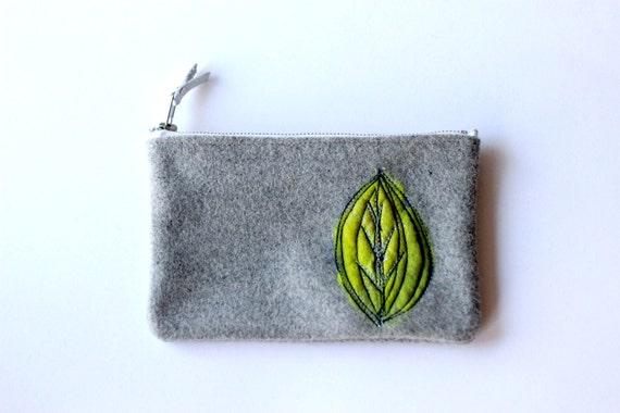 Green Leaf Felt Laptop/iPad Accessories Case
