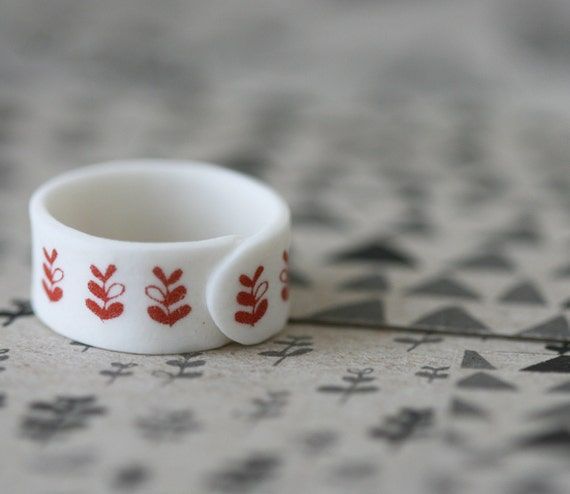 Sprouts - Red - Porcelain Ring