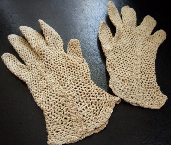 Tiny Vintage Cream Crocheted Gloves