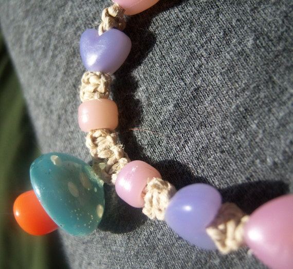 Natural Hemp with Mushroom and Colour-Changing UV  Beads