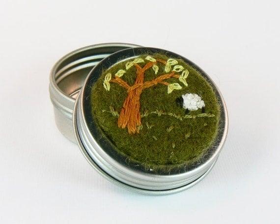 Stitch Marker Tin (EMPTY)- Shady Sheep (olive)