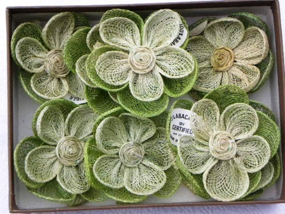 8 Vintage Retro 70s Abaca Fiber Flower Napkin Rings